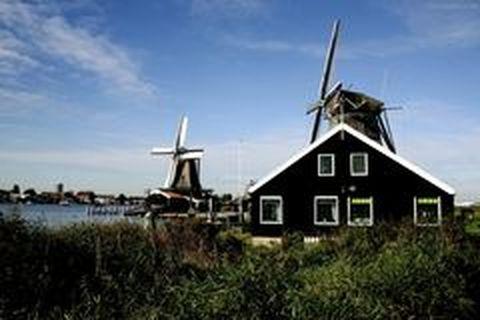 <法瑞意德11-12日游>部分团含库肯霍夫花园,新天鹅堡,风车村